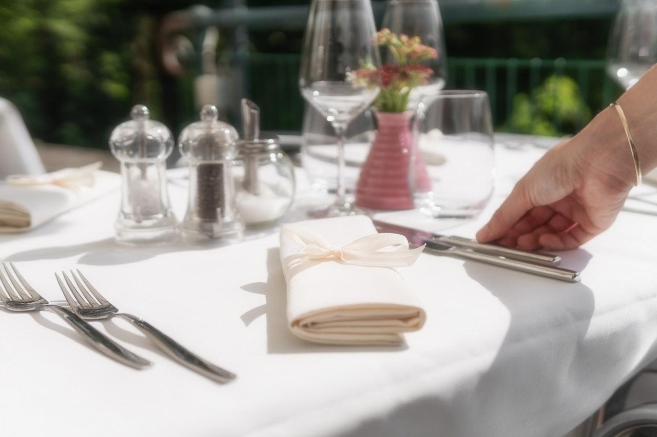 paastafel versieren, paastafel dekken, inspiratie voor je paastafel, paastafel tips, tips om je tafel te dekken, pasen